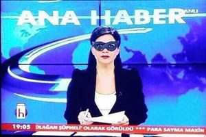 Halk TV spikerinden maskeli protesto!