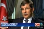 CNN'in ünlü muhabiri Erdoğan'a protestoyu Davutoğlu'na sordu!