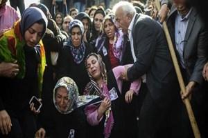 New York Times: Ne keder ne de zafer Türkleri birleştirdi!