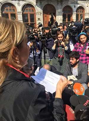 Gazetecilerden baskı ve saldırılara tepki