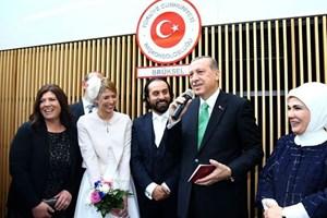 Cumhurbaşkanı o kanal koordinatörünün nikah şahidi oldu!