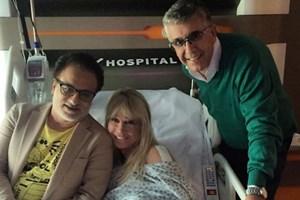Ünlü sunucu hastaneye kaldırıldı!