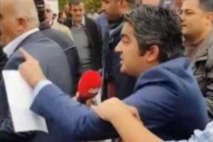 Akit muhabiri 10 Kasım anmasında olay çıkardı!