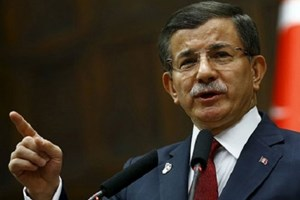 Ahmet Davutoğlu'ndan Can Dündar yorumu: Tutuksuz yargılanabilirdi!