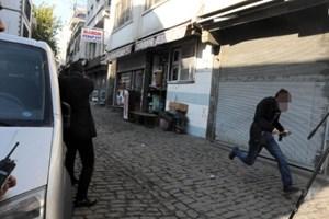 Elçi cinayetinde kritik görüntü: Kaçan eli silahlı kişi kim?