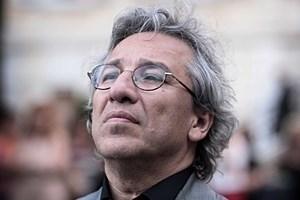 'Acemi casus' Can Dündar, Silivri'den bildiriyor: Beni suça annem itti!