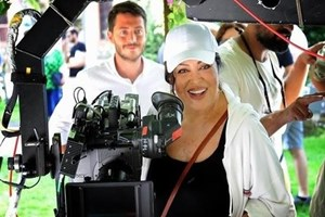 Türkan Şoray'ın Uzaklarda Arama filmine gişe şoku!