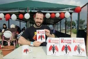İzdivaç'ta evlenemeyen damat adayı 'Kızların Kitabı'nı yazdı