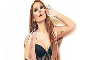Ünlü şarkıcı Demet Akalın'a sahtekarlık suçlaması!