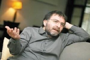 Ahmet Hakan Aydın Doğan'a pijamalı karşılamayı sordu!