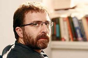 Ahmet Hakan Karadayı'nın güzeline vuruldu!