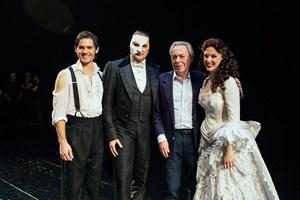 'Operadaki Hayalet' ekibine sürpriz ziyaret!