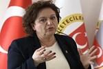"""MHP """"Bizimle yürü İzmir"""" toplantısında gazetecilerin üzerine yürüdü!"""