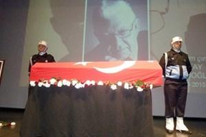 Türkiye'nin Einstein'i son yolculuğuna uğurlandı