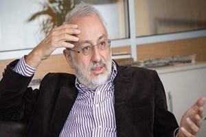 Yurt Gazetesi'nden kovulan Derya Sazak twitter'dan bombaladı!