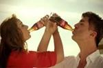 Vahdet, 'Coca Cola' reklamına savaş açtı!