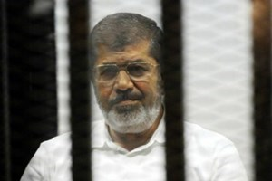 Ünlü köşe yazarından Mursi'nin idam kararına alkış!