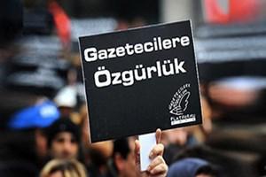 Sınır Tanımayan Gazeteciler'den medyaya baskılara tepki!