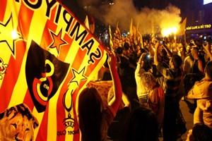 Galatasaray şampiyon oldu, sosyal medya çıldırdı!