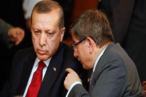 Financial Times'dan seçim yorumu: Davutoğlu'nun kampanyası bir devin gölgesinde sürüyor!
