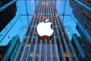 Apple, sektörün devlerine savaş açtı!