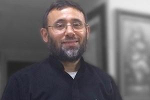 AK Parti'yi eleştiren yazar Yeni Akit'ten sansür yedi!