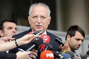 Ekmeleddin İhsanoğlu'na kadın muhabirden tepki!