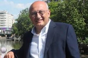 Eski genel yayın yönetmeninden Can Dündar'a destek: Cumhuriyet'in o manşeti çok önemli çünkü...