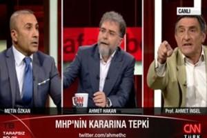 Tarafsız Bölge'de sert kavga! Ünlü yazarın sözleri Bahçeli'nin danışmanını çileden çıkardı!