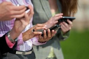 Cep telefonları ve tabletlere zam geliyor