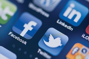 MEB'ten Twitter ve Facebook'a ahlak ve edep kriteri!