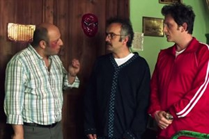 Beş Kardeş'ten bomba gönderme! 'Namaz kılan adam hiç...'