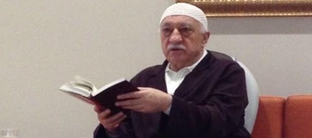 Fethullah Gülen canlı yayına katıldı, twitter sarsıldı!
