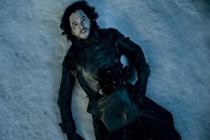Game of Thrones bombası: Jon Snow öldü mü ölmedi mi?