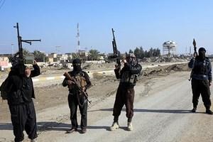 IŞİD kaçırdığı kadın gazeteciyi kurşuna dizdi!