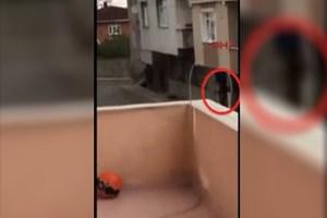 Sultanbeyli'de polisle çatışma görüntüleri