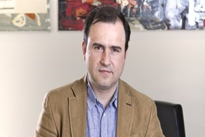 Habertürk'te maden suyu krizi! 2 gazeteci neden kovuldu?