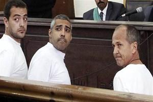 Al Jazeera çalışanı gazetecilere 3 yıl hapis!