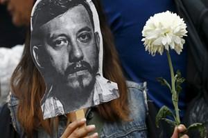 On binler, gazeteci cinayetlerini protesto etti!