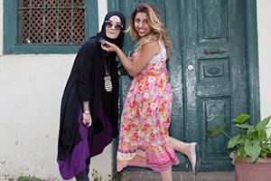 'Muhafazakar kesimin marjinal kızı'ndan bomba sözler: CHP Allah'a muhalif bir parti!