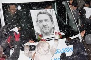 Gazeteci Nuh Köklü'nün avukatına Erdoğan'ın talebiyle soruşturma!