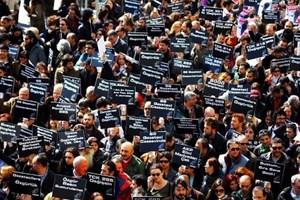 CHP, gazeteciler için komisyon kurdu! Hangi isimler yer alıyor?