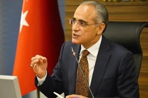 Kültür Bakanı hızlı başladı: 'Şaraplı, minderli konsere izin vermem'