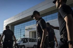 Koza İpek Holding'te aramalar sürüyor