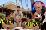 Ahmet Çakar'dan 'bikini' reklamına cevap