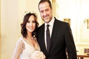 Sevgililer Günü'nde evlenmişlerdi! Nazlı Çelik-Serdar Bilgili tek celsede boşandı!
