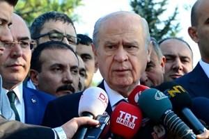 Bahçeli'den gazeteciye: Neden hep Tuğrul Türkeş'i soruyorsun, arkadaşı mısın?