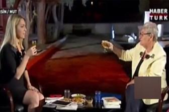 Canan Karatay sunucuya zorla zeytinyağı içirdi!