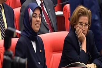 Nazlı Ilıcak CHP'lilere dert yandı: Yol arkadaşlarım Meclis'te ben terörist oldum!