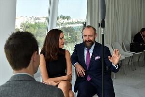 Cannes'da Halit Ergenç ve Bergüzar Korel'e büyük ilgi